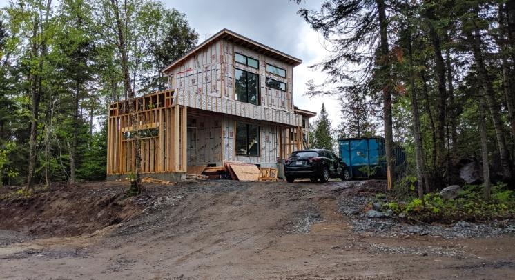 Construction d'une maison résidentiel unifamiliale